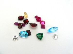 35737-800x600-Colored_gemstone